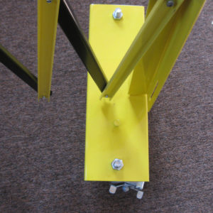 barrier gate axle without strap - square crop